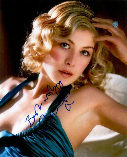 Rosamund Pike Autogramm