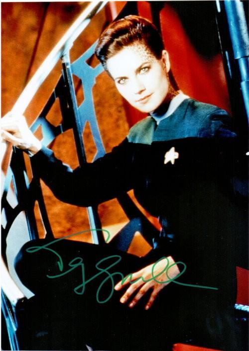 Terry Farrell Autogramm