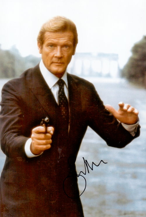 Roger Moore Autogramm als James Bond