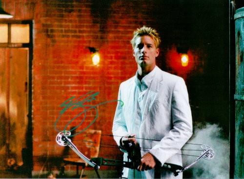 Justin Hartley Autogramm aus GREEN ARROW