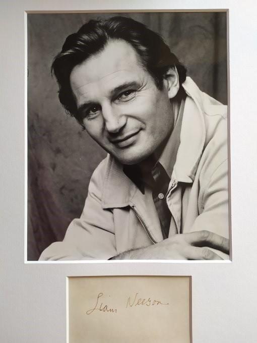 Liam Neeson Autogramm