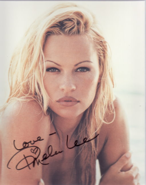 Pamela Anderson Autogramm als Pamela Lee