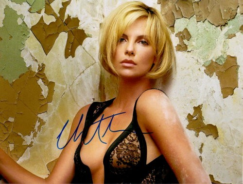 Charlize Theron Autogramm