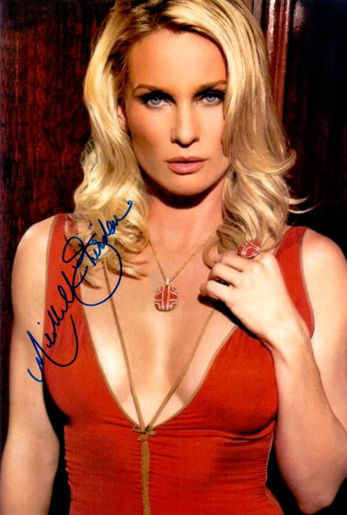 Nicolette Sheridan Autogramm aus Desperate Housewives